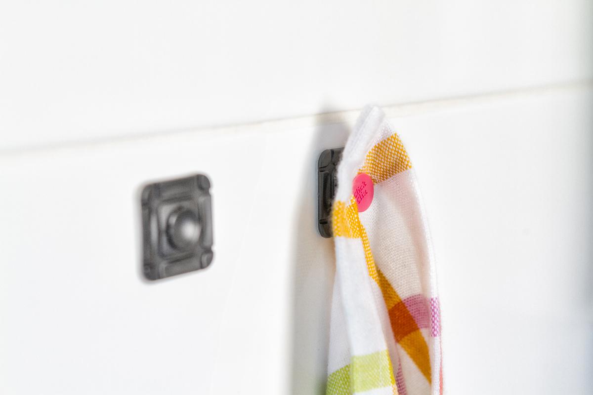 Befestigung von einem Küchentuch mit ClickClix